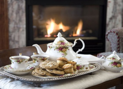 Spring Lake Inn, tea and cookies