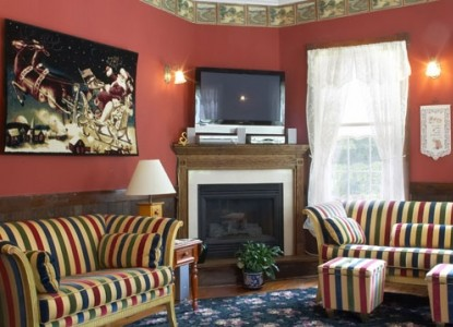 Spring Lake Inn, tv room