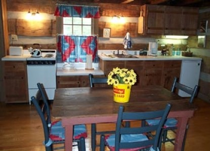 Lakes Creek Bed & Breakfast, kitchen