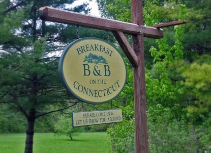 Breakfast on the Connecticut-Sign
