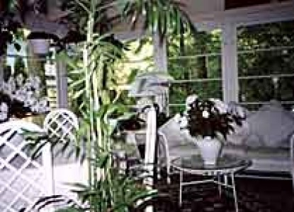 Ravinia Guest House Sunroom