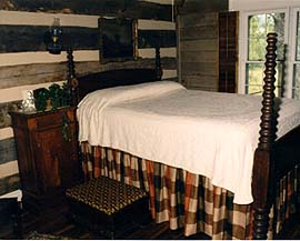 Clock Creek Cabin - Guest Room