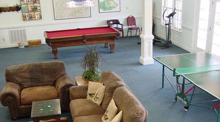 Whitestone Country Inn Recreation Room