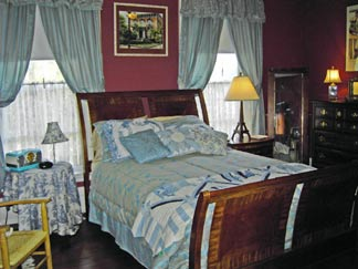 The Poets House Bed & Breakfast-Harriet's Room