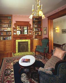 Adda Trimmer House Bed & Breakfast Parlor