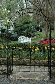 The Gables Inn Bed & Breakfast, Beautiful Gardens