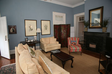 The Palmer Home, Large Living Room