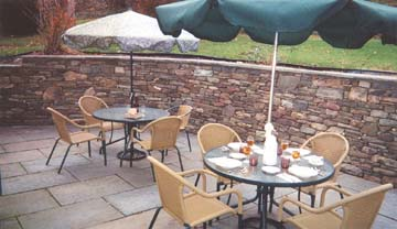 Holcombe Guest House Bed & Breakfast-Stone Patio