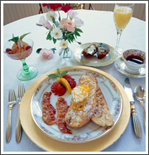 At Cumberland Falls Bed and Breakfast Inn-Enjoy A Delicious Breakfast Each Morning