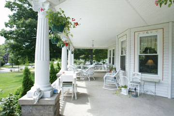 Kingsley House Bed and Breakfast Inn-Fronch Porch