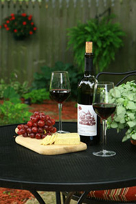 Kingsley House Bed and Breakfast Inn-Wine