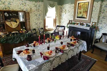Kingsley House Bed and Breakfast Inn- Enjoy A Delicious Breakfast