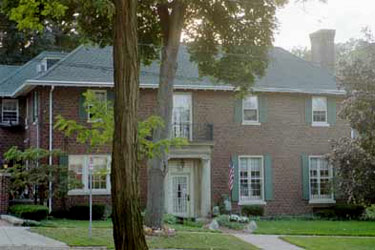 Hall House Bed &amp; Breakfast - Kalamazoo, Michigan