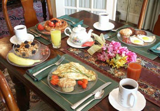 A Bed & Breakfast at Llewellyn Lodge, Breakfast