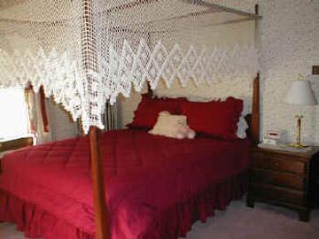 The Lititz House Bed & Breakfast,The Matthew Suite - The Amanda Room