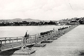 Pontoon Bridge at Chaimberlain S. D. - History of Trianle Ranch - Phillip, South Dakota (Badlands National Park area)
