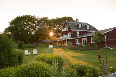 Chanticleer Guest House - Sturgeon Bay, Wisconsin