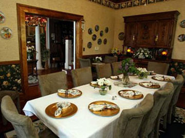 The Dickey House Bed & Breakfast, Ltd-Family Dining Room