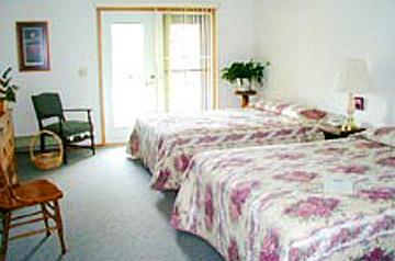 Mile Zero Bed & Breakfast-Comfy Guest Room