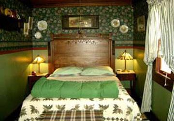 Stay-Inn-Style Bed & Breakfast Eastlake Suite