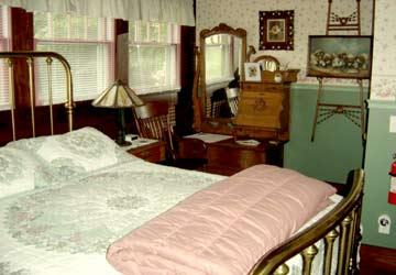 Stay-Inn-Style Bed & Breakfast Weekend Escape