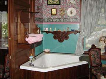 Stay-Inn-Style Bed & Breakfast Jacuzzi