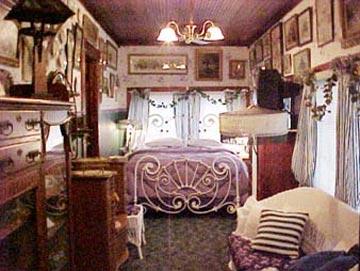 Stay-Inn-Style Bed & Breakfast Sun Room