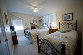 'By the Sea' Guests Bed & Breakfast Suites, Third Floor Guest Room