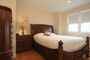 'By the Sea' Guests Bed & Breakfast Suites, Constantine's Suite