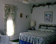 Click here for guest room pictures!