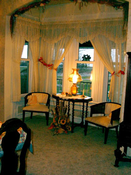 The Victorian Veranda Bed &amp; Breakfast - Winnebago, Illinois - The Dining Room 