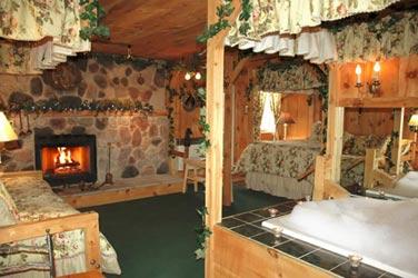 Lazy Cloud Lodge, Paul Newman Suite