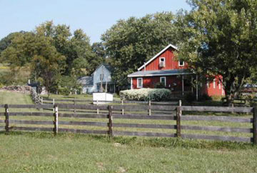 The Barn Bed & Breakfast - Dahinda, Illinois