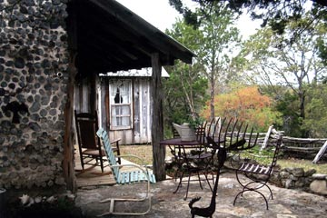 The Cabin on Barton Creek, Relax on the Porch