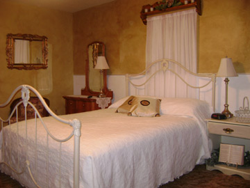 Dacha Bed and Breakfast, upstairs bedroom