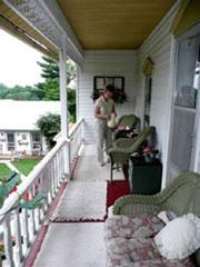 Prairie Path Guest House, Mount Carroll, Illinois, Relax at Prairie Path!