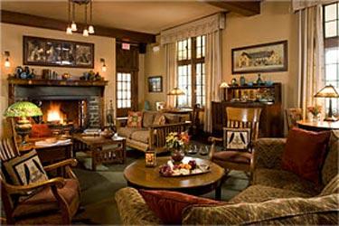 The Settlers Inn dining room