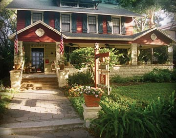 Dickens House Bed and Breakfast - St. Petersburg, Florida