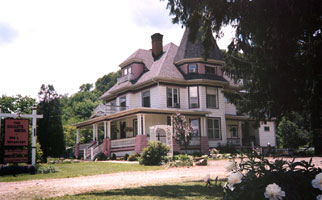 Gallets House Bed &amp; Breakfast - Allegany, New York
