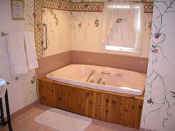 The Curtiss Cottage Suite-Bathroom