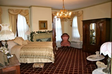 Meadows Inn, Josephine's Room
