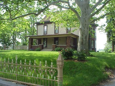 Sycamore Knoll Bed and Breakfast -   Noblesville, Indiana
