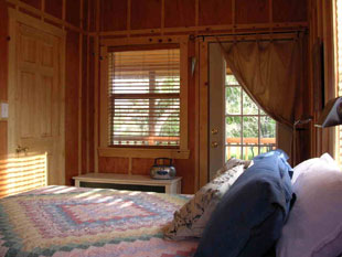 The Katy Cabin-bedroom