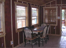 The Houston Cabin-dining area