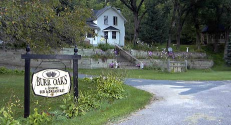 Burr Oaks Bed and Breakfast - Zumbro Falls, Minnesota