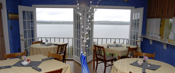Lakehouse Bed & Breakfast - Canyon Lake, Texas