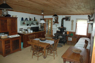 Morrill Farm Bed & Breakfast-Kitchen
