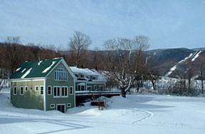 Beaver Pond Farm Bed & Breakfast snow