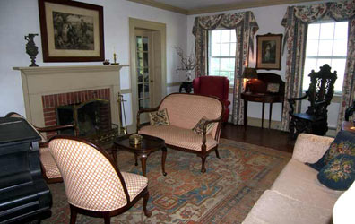 Fleeton Fields Bed and Breakfast-Relax in the Parlor
