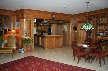 Creekhaven Inn Main House Dining Room